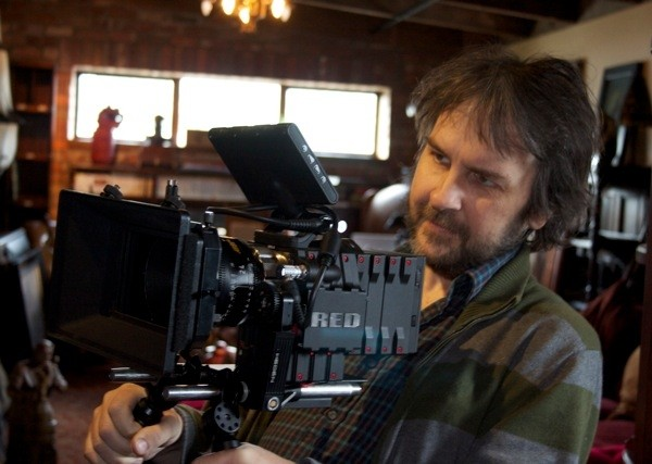 Peter Jackson to Film THE HOBBIT Films in 3D with 30 New ...