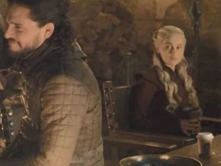 game-of-thrones-starbucks-coffee-cup-765