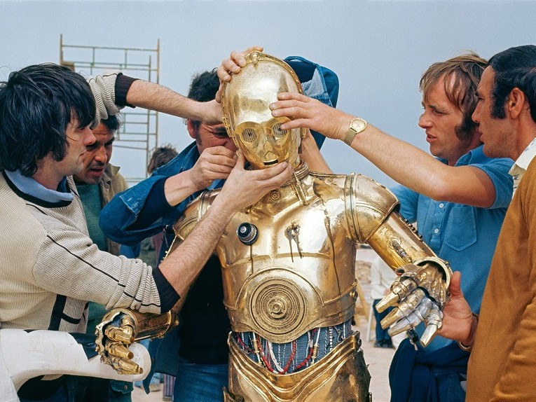 star-wars-anthony-daniels-crew-bts-765