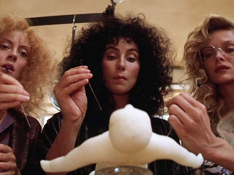 witches-of-eastwick-cast