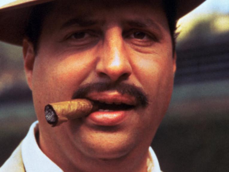 a-league-of-their-own-lovitz-cigar