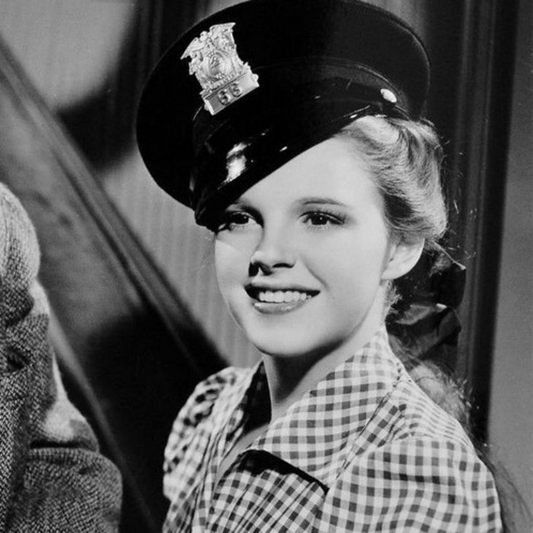 judy-garland-police-hat