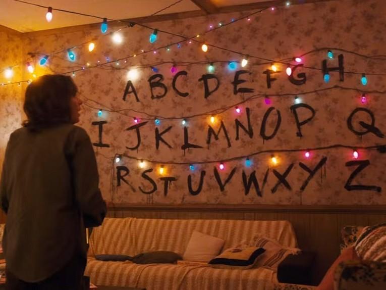stranger-things-xmas-lights