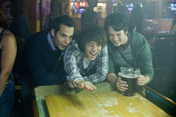 21-and-over-skylar-astin-justin-chon-miles-teller