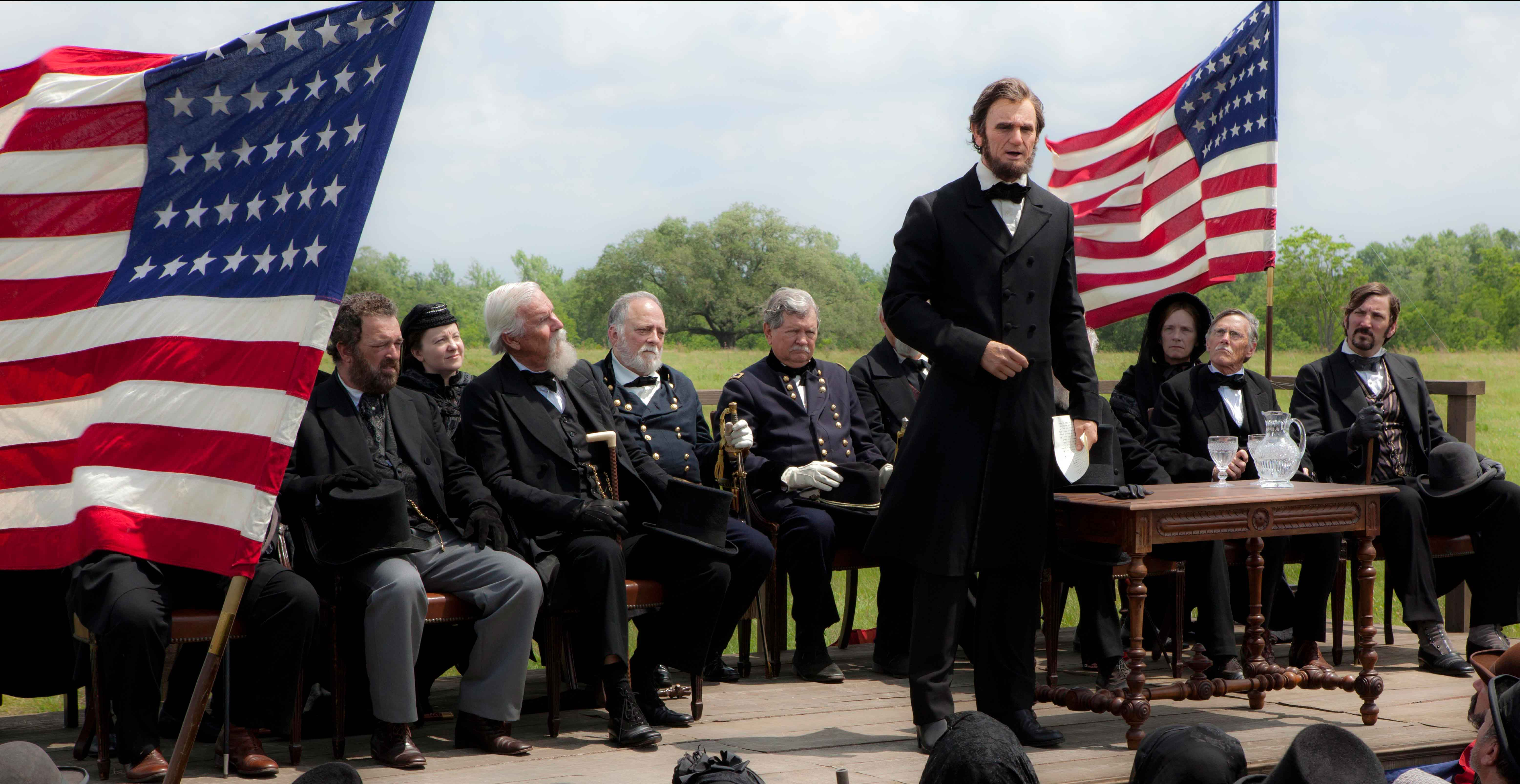 New Abraham Lincoln: Vampire Hunter Photos