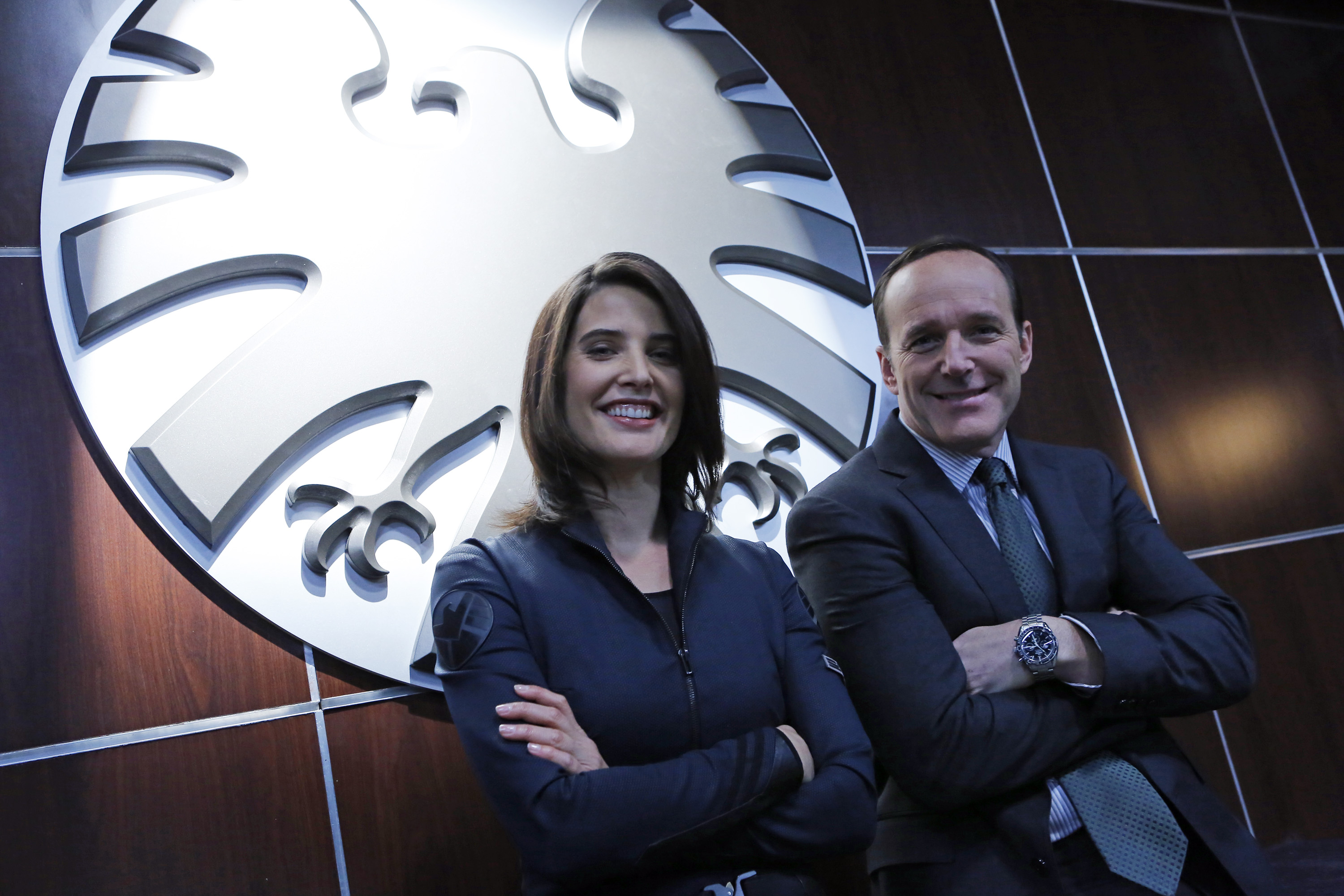 AGENTS OF S.H.I.E.L.D. Pilot Images. Marvel's AGENTS OF SHIELD ...