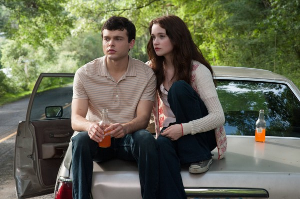 alden-ehrenreich-image-alice-englert-beautiful-creatures