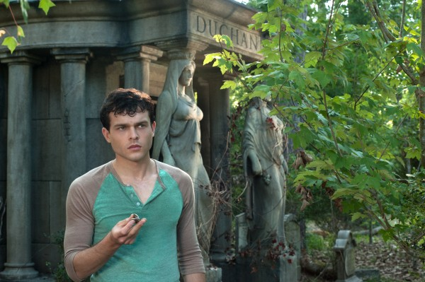 alden-ehrenreich-image-beautiful-creatures
