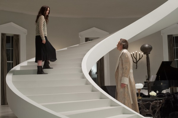 alice-englert-jeremy-irons-movie-image-beautiful-creatures
