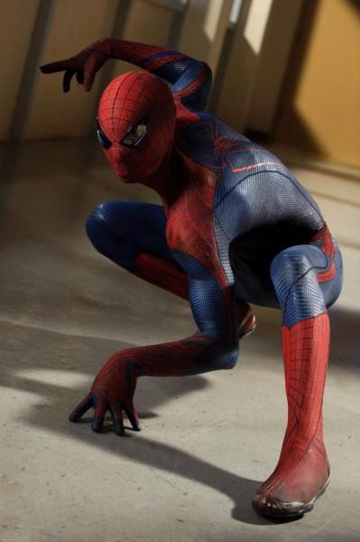 amazing-spider-man-costume-action