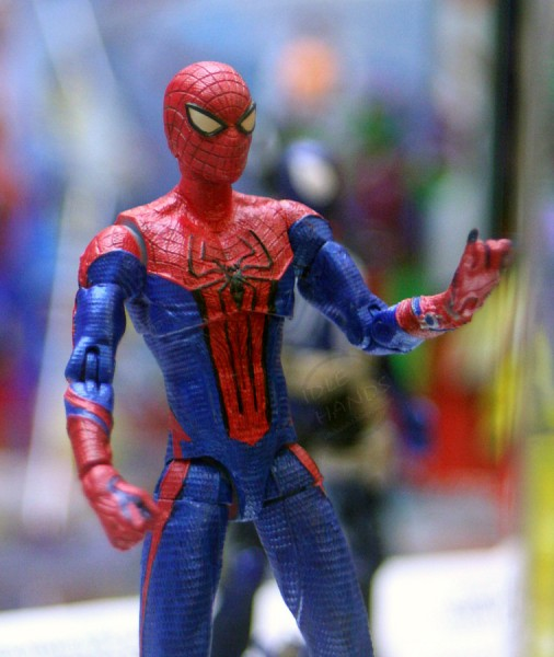 amazing-spider-man-toy-action-figure-04
