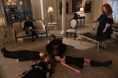 american-horror-story-coven-the-seven-wonders