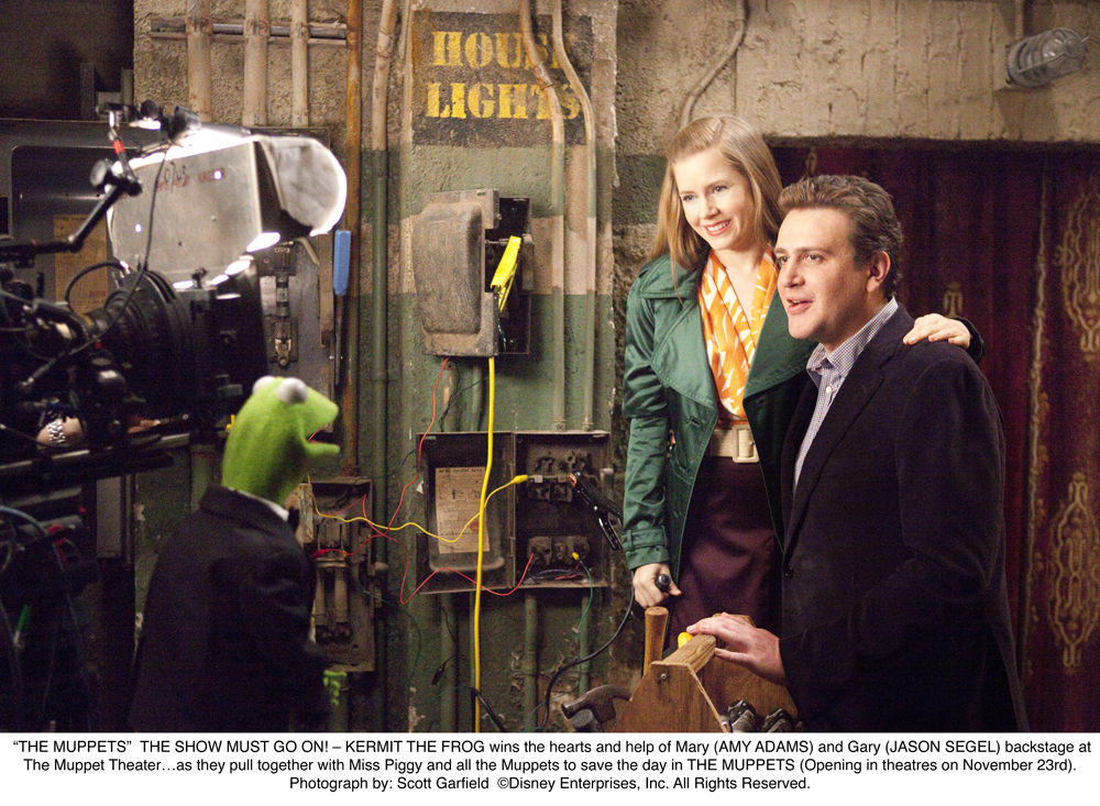 http://collider.com/wp-content/uploads/amy-adams-jason-segel-the-muppets-movie-image.jpg