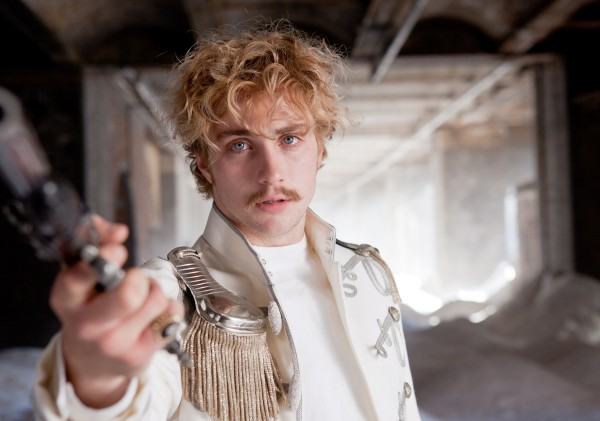 anna-karenina-movie-image-aaron-johnson