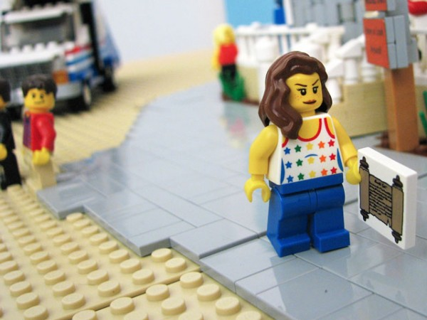 arrested-development-lego-maebe