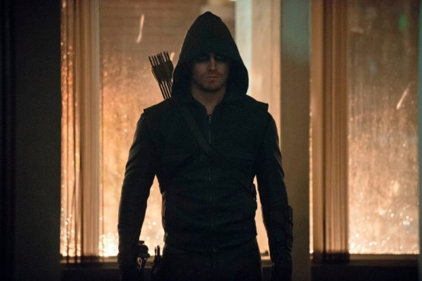 arrow-broken-dolls-stephen-amell