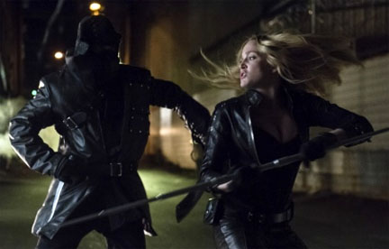 arrow-caity-lotz-4