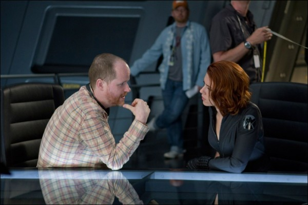 avengers-joss-whedon-scarlett-johansson-set-photo-01