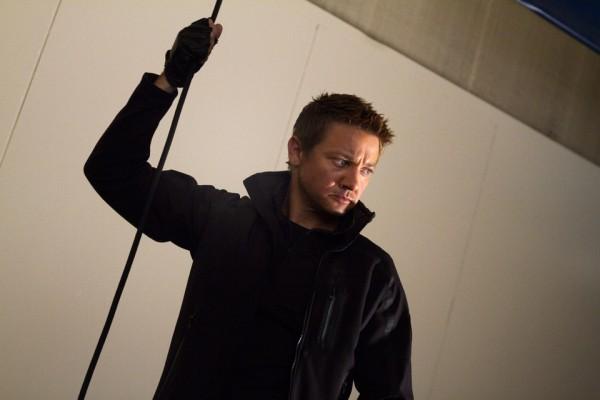 avengers-movie-image-jeremy-renner-3