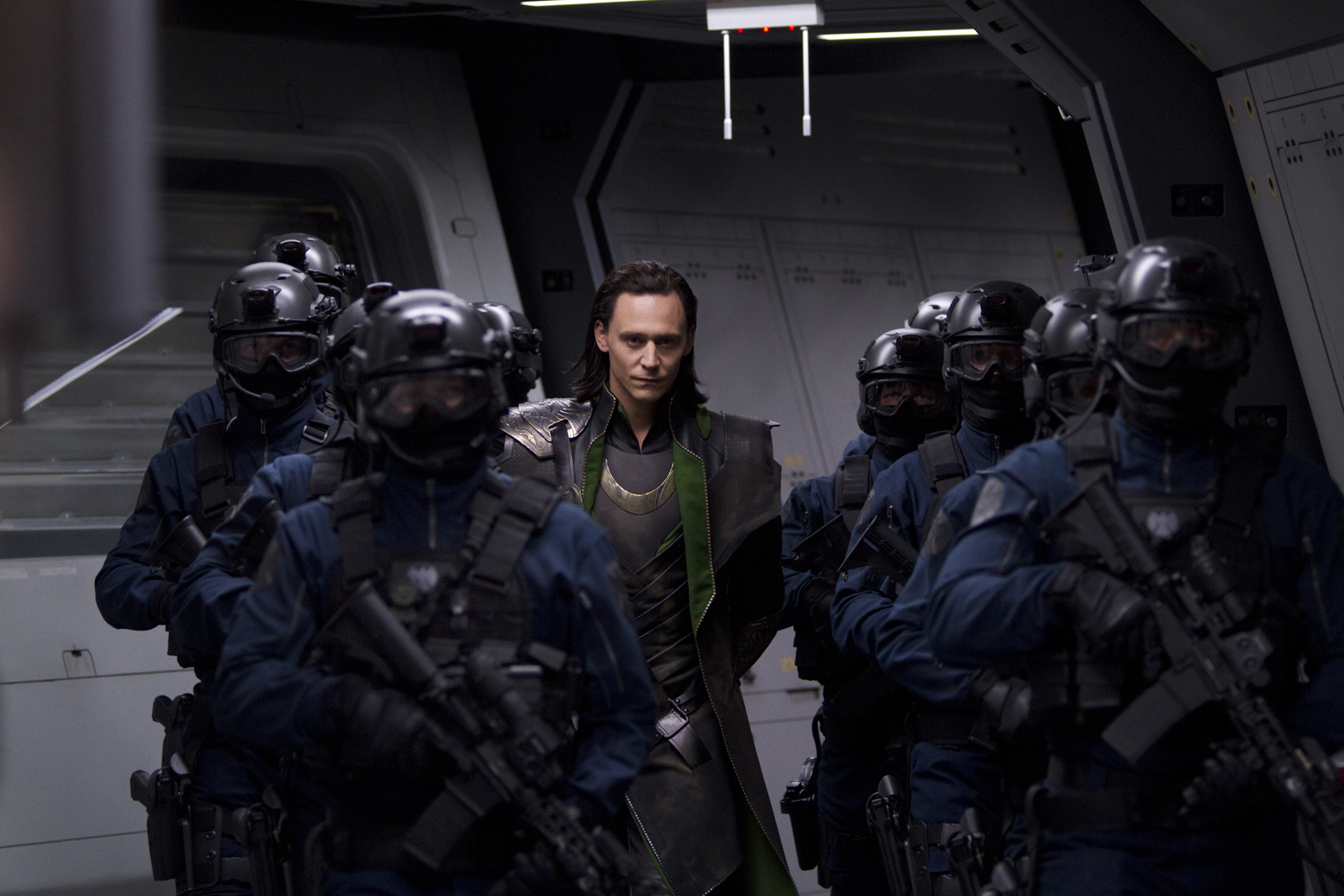 http://collider.com/wp-content/uploads/avengers-movie-image-tom-hiddleston-01.jpg