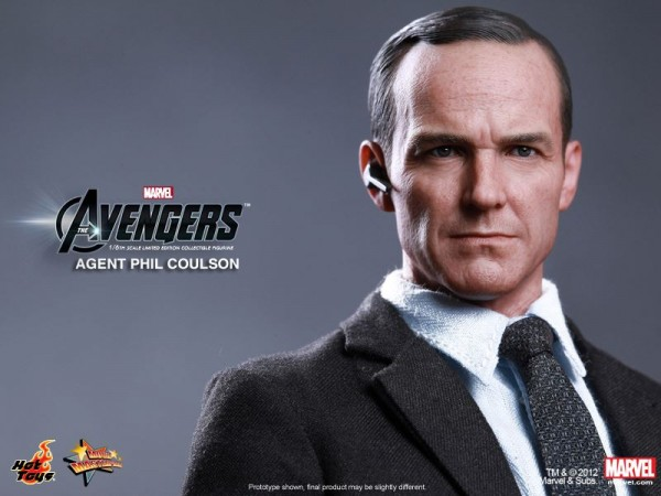 avengers-phil-coulson-hot-toys