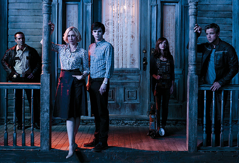 fringe bates motel episode guide recapBATES MOTEL Season 2 Episode 2 Recap BATES MOTEL Stars Vera mbgV9oSJ