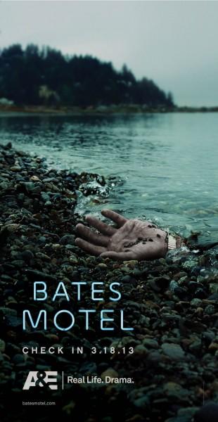 bates-motel-poster-hand