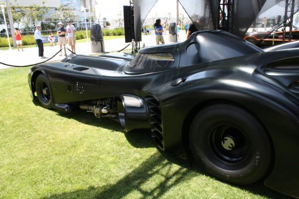 batman-batmobile-keaton