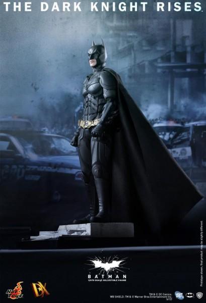 batman-dark-knight-rises-hot-toys-figure-1