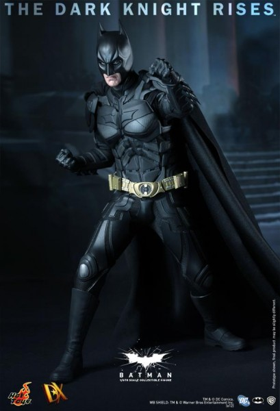 batman-dark-knight-rises-hot-toys-figure