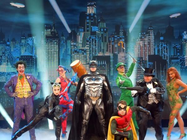 batman-live-cast-image-01