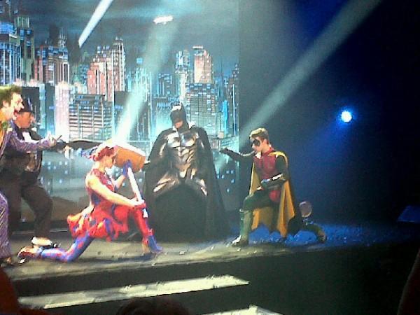 batman-live-cast-image-02