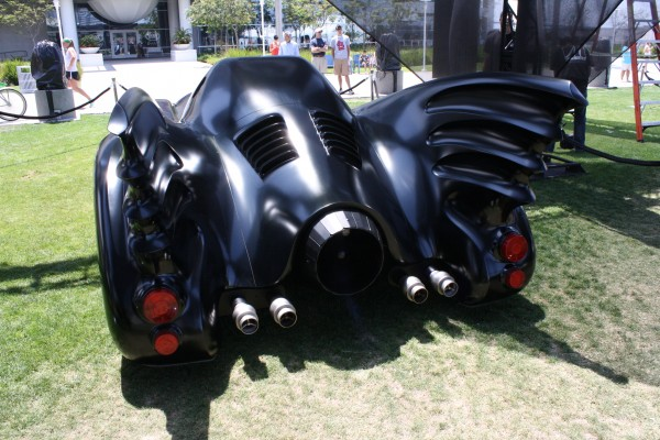 batman-returns-batmobile-keaton