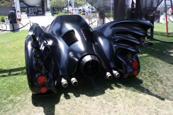 batman-returns-batmobile-keaton