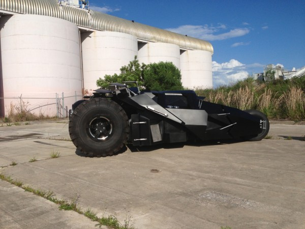 batmobile-replica-tumbler