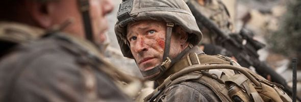 battle_los_angeles_aaron_eckhart_slice