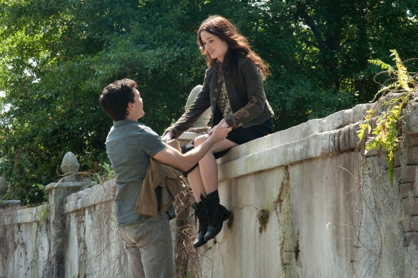 beautiful-creatures-alden-ehrenreich-alice-englert-image