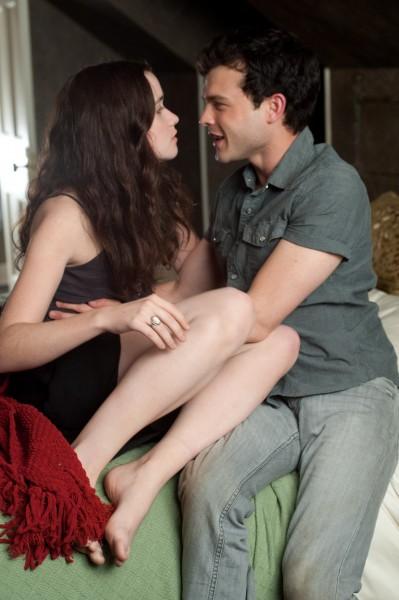 beautiful-creatures-alice-englert-alden-ehrenreich