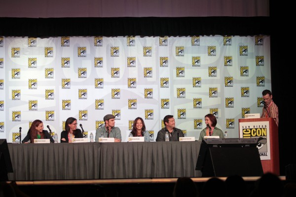 beauty-and-the-beast-cw-comic-con-panel