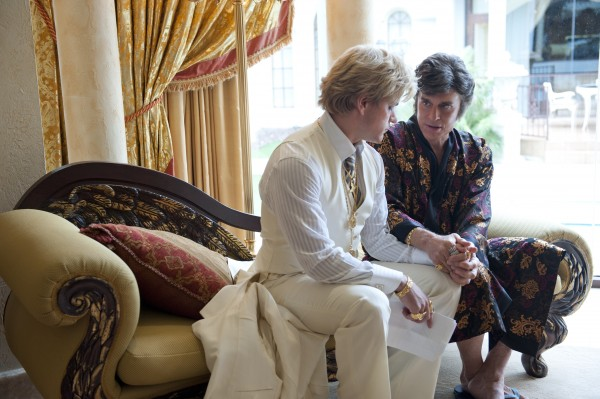 behind-the-candelabra-matt-damon-michael-douglas