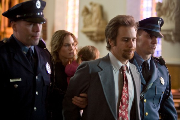 Betty_Anne_Waters _movie_Image Sam_Rockwell_and_Hilary_Swank
