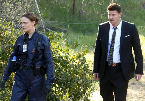 bones-emily-deschanel-david-boreanaz