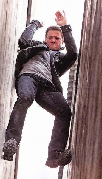 bourne-legacy-movie-image-jeremy-renner