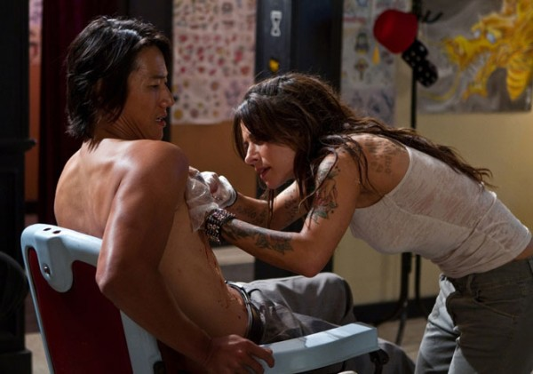 bullet-to-the-head-sung-kang-sarah-shahi