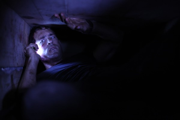 buried_movie_image_ryan_reynolds_01