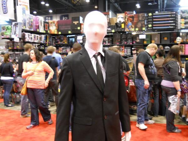 c2e2-2013-slender-man-image