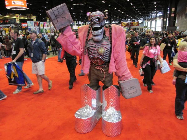 c2e2-2014-cosplay-image-25