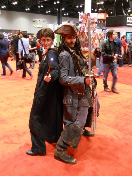 c2e2-harry-potter-jack-sparrow-costume-image