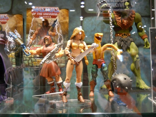 c2e2-masters-of-the-universe-toy-image-1