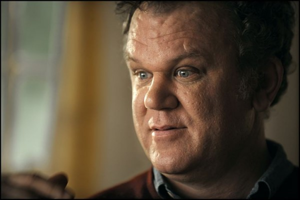 carnage-movie-image-john-c-reilly-01